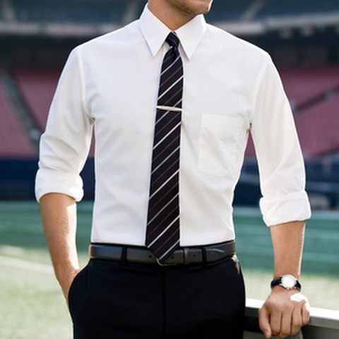 Kemeja Lengan Panjang Pria Comfort Fit Warna Putih