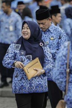 Model Baju Batik Korpri Wanita Berjilbab