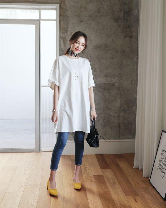T-shirt polos oversize warna putih