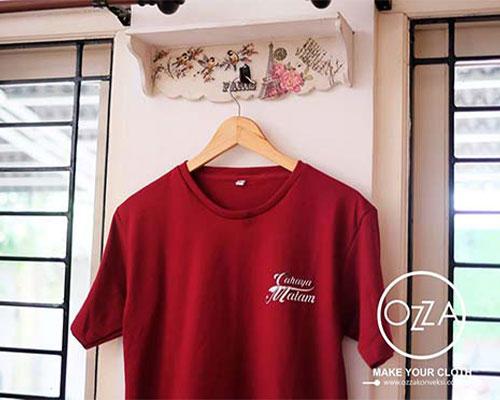 Kaos Sablon Murah Warna Merah Maroon